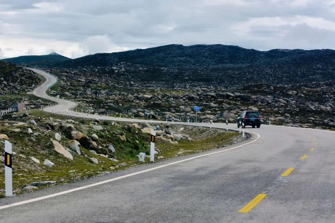 西藏、是旅行目的地, 还是你心中的诗和远方......