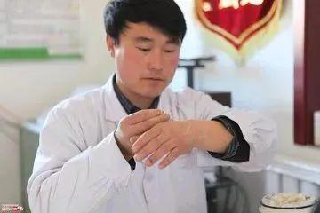 乡村医生,中国最牛的医生!