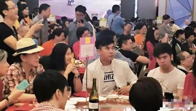 黄秋生曾三年无戏可拍被叹凄凉,今澄清说有老婆投资不差钱?